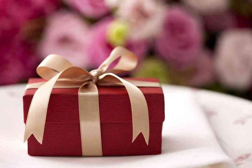 сюрприз женщине на день рождения